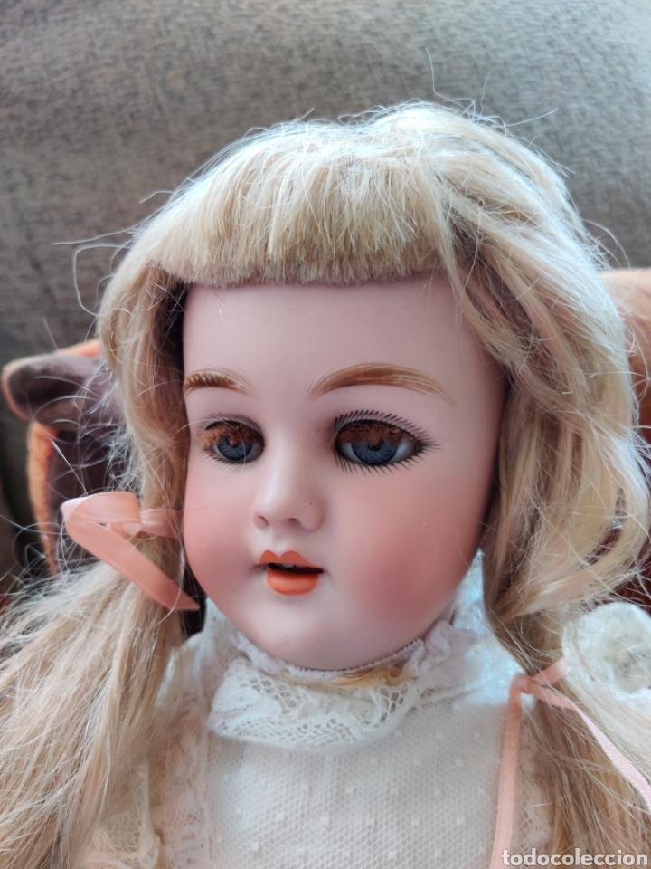 Juguetes antiguos y Juegos de colección: Peluca sintética de muñeca 26 cm de perímetro - Foto 2 - 176905120