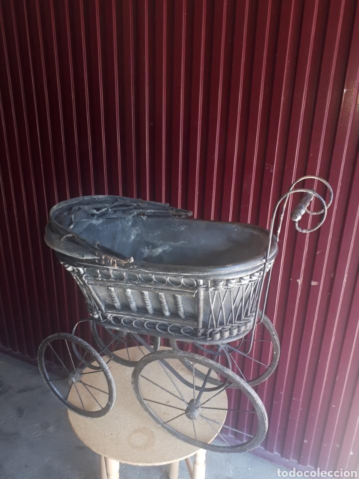 Juguetes antiguos y Juegos de colección: Antiguo carro carrito muñecas madera forja y tela - Foto 11 - 177636883