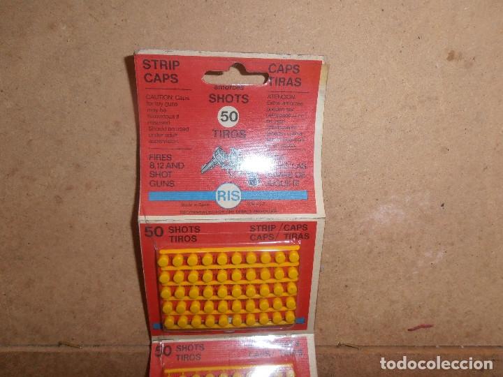 Juguetes antiguos y Juegos de colección: LOTE BLISTER TIROS RIS PARA PISTOLA JUGUETE FULMINANTES PISTONES AÑOS 70 - Foto 2 - 179189485