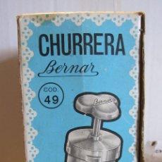 Juguetes antiguos y Juegos de colección: CHURRERA BERNAR. GIJON. CON SU CAJA, INSTRUCCIONES Y ELEMENTOS. 9 X 20 X 9 CM. Lote 180215505