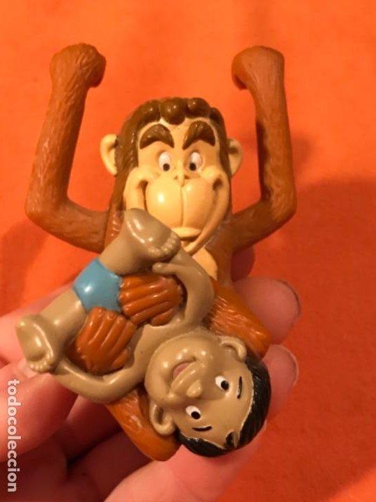 Juguetes antiguos y Juegos de colección: Mowgli juguete cuerda manual giratorio brazos mono niño 2003 juguete mac donalds libro de la selva - Foto 3 - 185731698