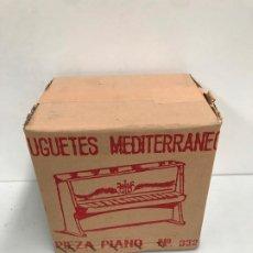 Jouets Anciens et Jeux de collection: ANTIGUO PIANO JUGUETES MEDITERRANEO AÑOS 70. Lote 185740047
