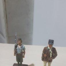 Juguetes antiguos y Juegos de colección: LOTE 2 FIGURAS DE PLOMO. Lote 185752695