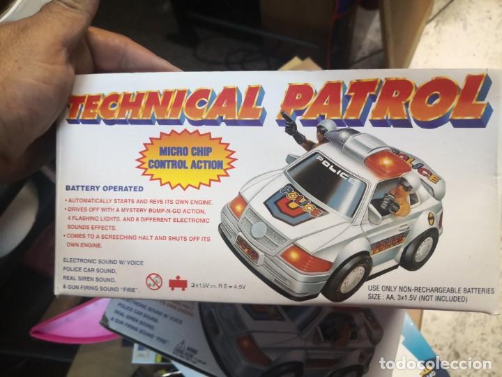 Juguetes antiguos y Juegos de colección: Coche policía juguete vintage funcionando luces y sonidos technical patrol - Foto 3 - 192685183