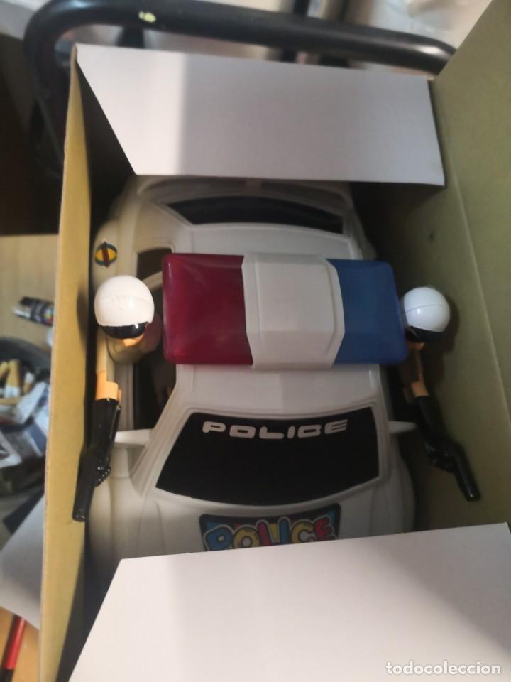 Juguetes antiguos y Juegos de colección: Coche policía juguete vintage funcionando luces y sonidos technical patrol - Foto 4 - 192685183