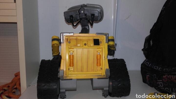 Juguetes antiguos y Juegos de colección: ROBOT WALL-E - Foto 3 - 194316303