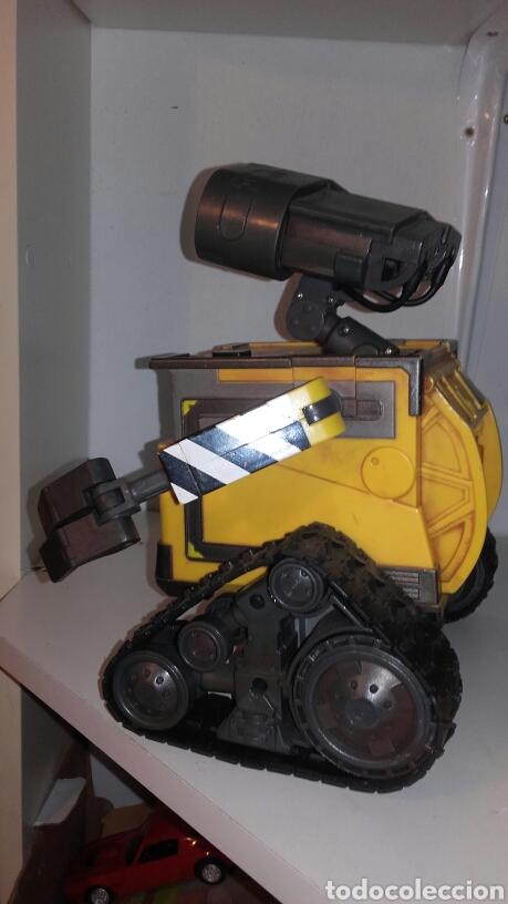Juguetes antiguos y Juegos de colección: ROBOT WALL-E - Foto 4 - 194316303