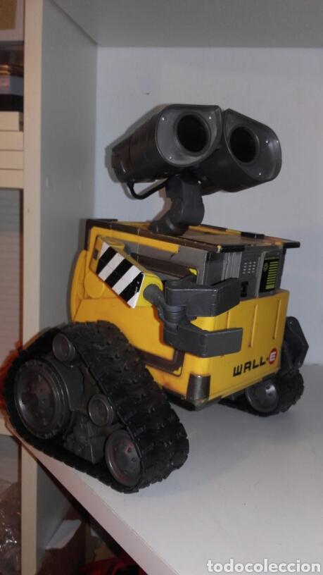 Juguetes antiguos y Juegos de colección: ROBOT WALL-E - Foto 5 - 194316303