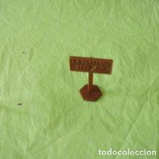 Juguetes antiguos y Juegos de colección: FIGURAS Y SOLDADITOS DE 6 CTMS - 11134. Lote 194316880