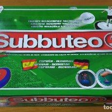 Juguetes antiguos y Juegos de colección: SUBBUTEO. PRECIOSA CAJA COMPLETA ESPAÑA-ALEMANIA. EDITADO POR HASBRO EN 2012.. Lote 194566950