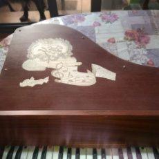 Juguetes antiguos y Juegos de colección: PIANO INFANTIL. Lote 194582168
