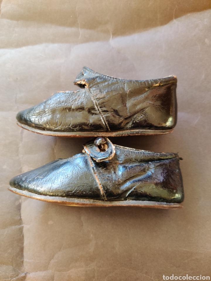Juguetes antiguos y Juegos de colección: Zapatos antiguos de piel para muñeca, talla 17 - Foto 3 - 194876117