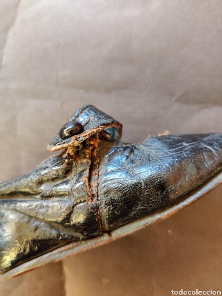 Juguetes antiguos y Juegos de colección: Zapatos antiguos de piel para muñeca, talla 17 - Foto 5 - 194876117