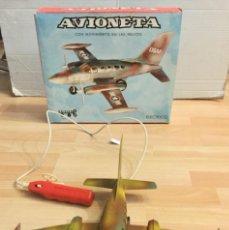 Juguetes antiguos y Juegos de colección: AVIONETA ELÉCTRICA DE LA USAF. AÑOS 70 NUEVA. Lote 194884771
