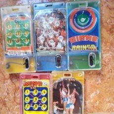 Juguetes antiguos y Juegos de colección: LOTE 5 JUEGOS DE BOLSILLO VARIAS TEMATICAS .JUEGO BOLITAS.. Lote 194939255