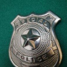 Juguetes antiguos y Juegos de colección: SPECIAL POLICE - CHAPA METÁLICA DE ALFILER. Lote 194983437