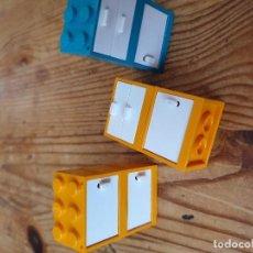 Juguetes antiguos y Juegos de colección: PIEZAS SUELTAS LEGO 3 ARMARITOS . Lote 195482061