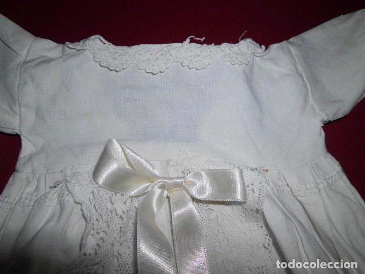 Juguetes antiguos y Juegos de colección: Vestido de hilo con puntilla de bolillo para muñeca antigua - Foto 4 - 201268973