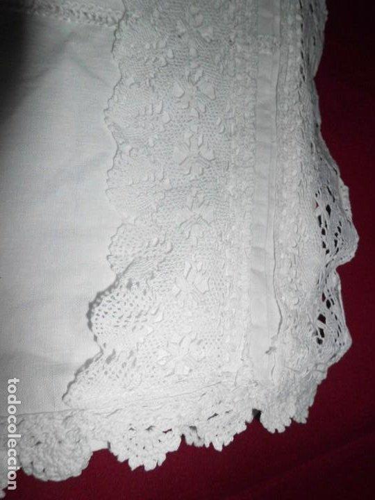 Juguetes antiguos y Juegos de colección: Vestido de hilo con puntilla de bolillo para muñeca antigua - Foto 9 - 201268973