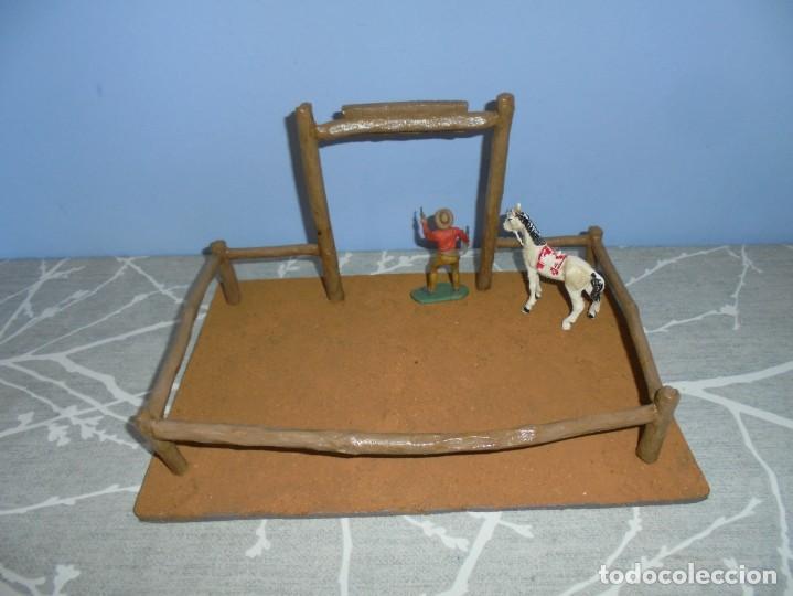Juguetes antiguos y Juegos de colección: magnifica maqueta artesanal para comansi o playmobil cuadra caballos - Foto 5 - 203782927