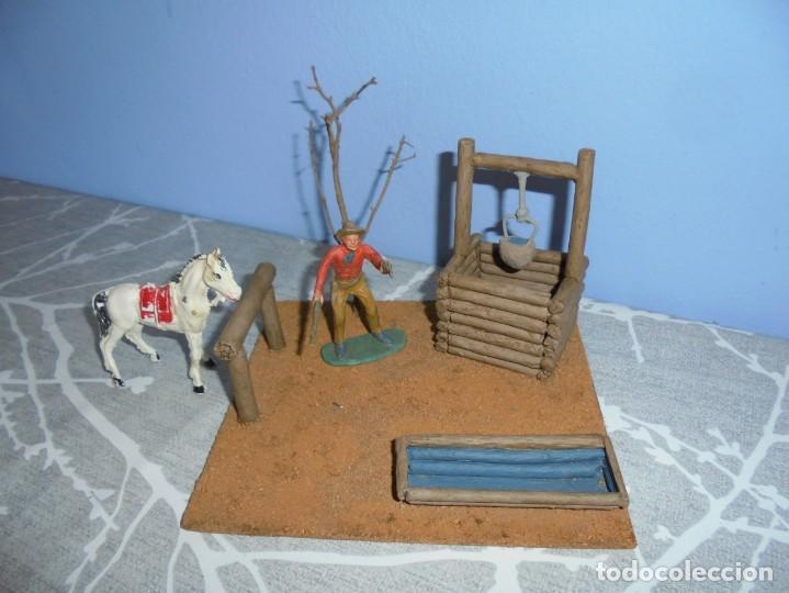 Juguetes antiguos y Juegos de colección: magnifica maqueta artesanal para comansi o playmobil pozo con bebedero de caballos - Foto 2 - 203783201