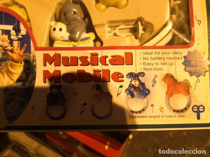 Juguetes antiguos y Juegos de colección: NORIA INFANTIL PARA CUNA BEBE willy play MOVIL, Mobil MUSICAL a cuerda . - Foto 4 - 206943513