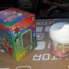 Juguetes antiguos y Juegos de colección: TAZA BIBERÓN THE FLINTSTONES LOS PICAPIEDRAS 1996. Lote 272187753