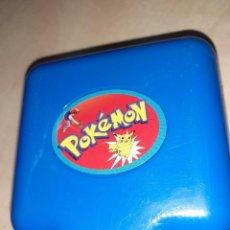 Jouets Anciens et Jeux de collection: CAJITA DE POKEMON .MINI ESTADIO.TOMY 1997.. Lote 243806040