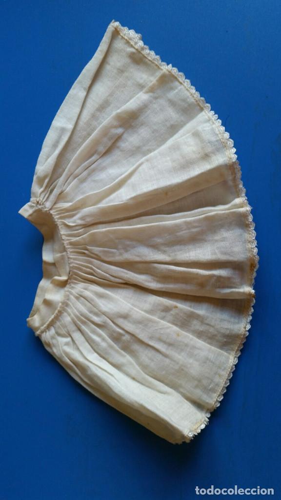 ANTIGUA ENAGUA (Juguetes - Vestidos y Accesorios Muñeca Internacional Antigua)