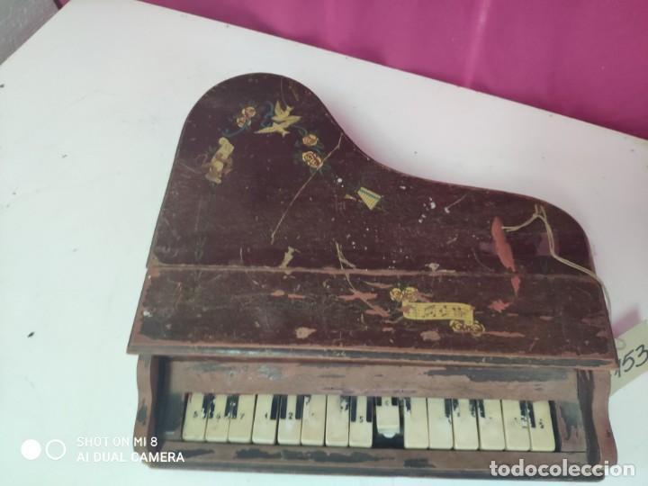 Juguetes antiguos y Juegos de colección: PIANA DE JUGUETE EN MADERA - XXX 153 - Foto 4 - 42979349