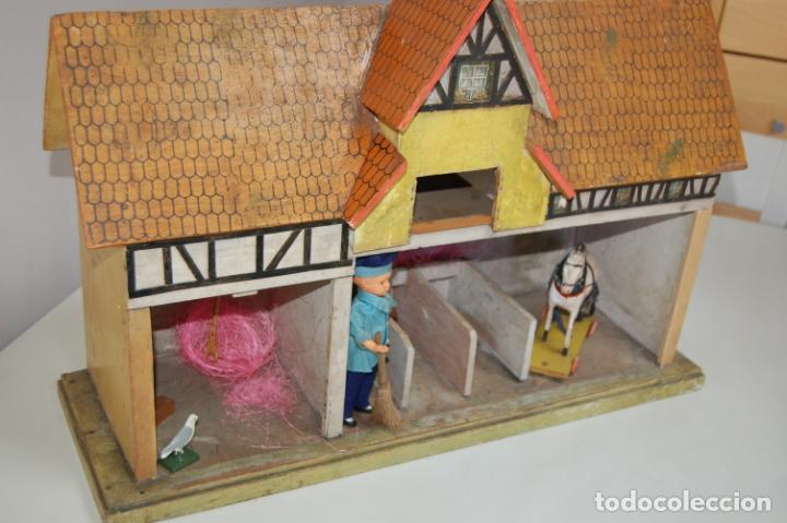 Juguetes antiguos y Juegos de colección: establo de muñecas alemán antiguo - Foto 4 - 210667346