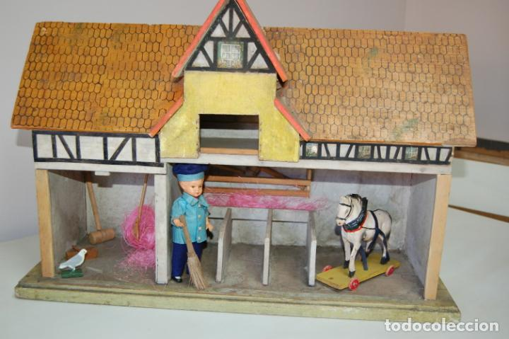 Juguetes antiguos y Juegos de colección: establo de muñecas alemán antiguo - Foto 7 - 210667346