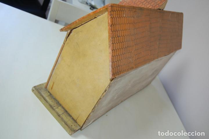 Juguetes antiguos y Juegos de colección: establo de muñecas alemán antiguo - Foto 9 - 210667346