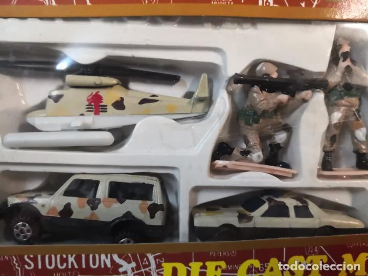 Juguetes antiguos y Juegos de colección: Set juguete modelo militar army force plástico - Foto 2 - 213255013