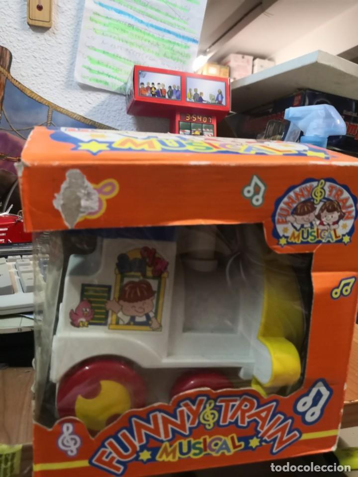 Juguetes antiguos y Juegos de colección: Juguete Tren musical. Funny Train musical en su caja - Foto 2 - 215936161