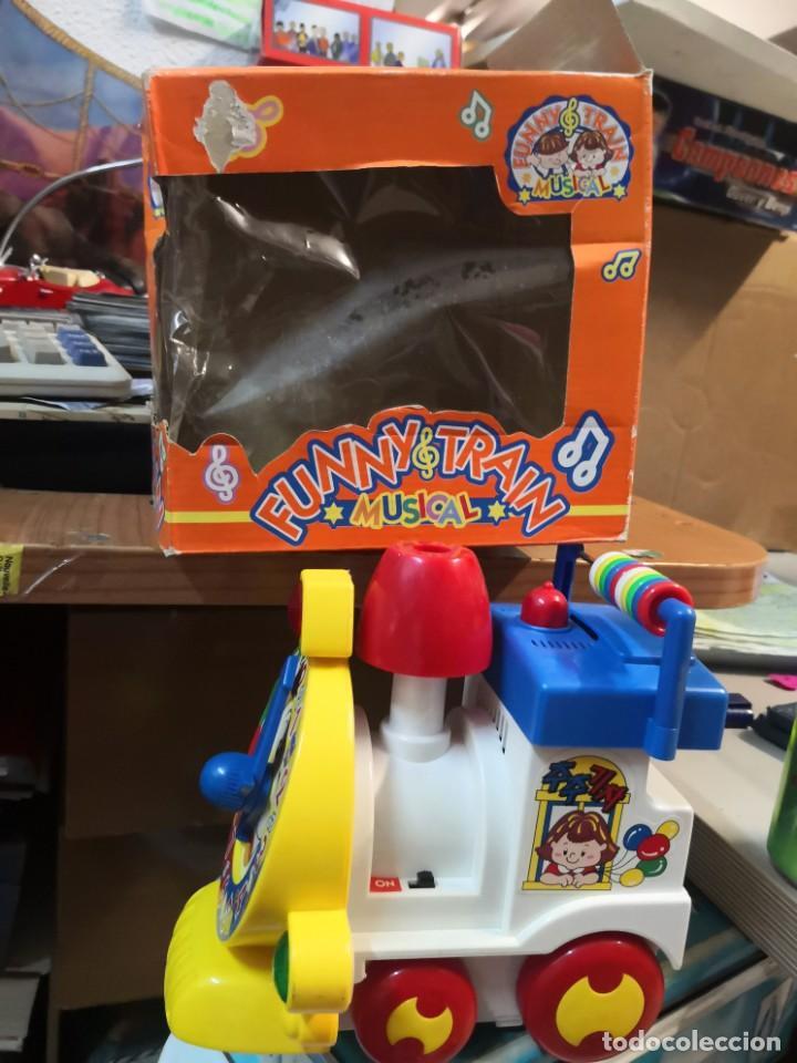 Juguetes antiguos y Juegos de colección: Juguete Tren musical. Funny Train musical en su caja - Foto 4 - 215936161