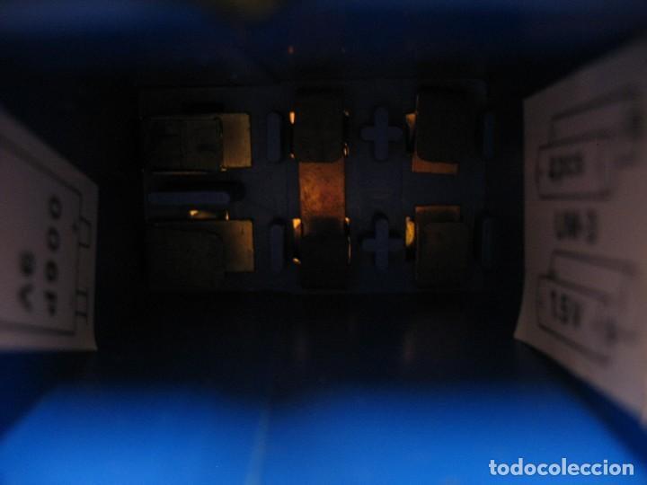 Juguetes antiguos y Juegos de colección: robot electronic sonic con control a distancia soma - Foto 4 - 217826120