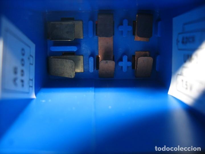 Juguetes antiguos y Juegos de colección: robot electronic sonic con control a distancia soma - Foto 5 - 217826120