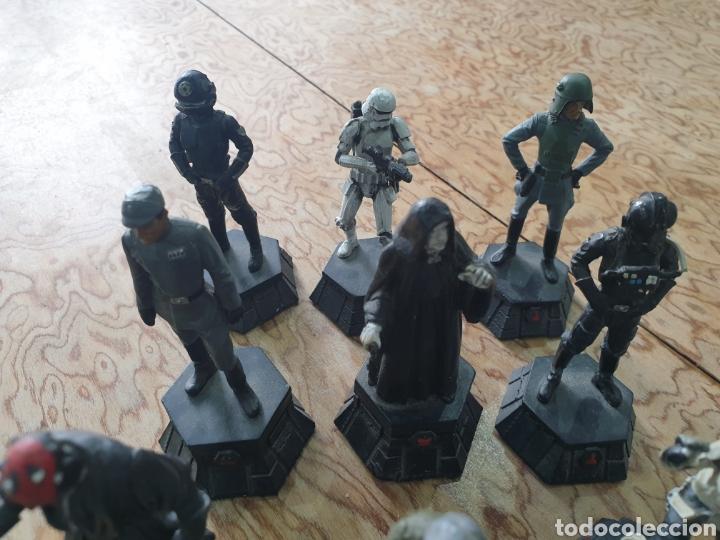 Juguetes antiguos y Juegos de colección: Lote star wars 27 figuras ajedrez plomo la guerra de las galaxias - Foto 6 - 218096913