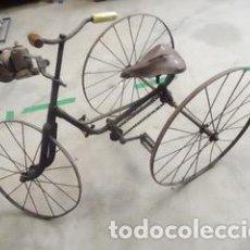 Juguetes antiguos y Juegos de colección: MUY BUENO TRICICLO EN HIERRO TODO ORIGINAL PIEZA DE COLECCIONISTA S-XIX. Lote 219259865