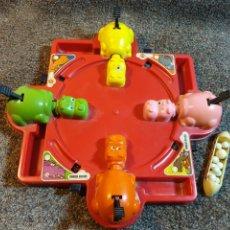 Juguetes antiguos y Juegos de colección: ANTIGUO JUEGO TRAGA BOLAS. Lote 221506523
