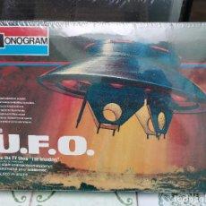 Juguetes antiguos y Juegos de colección: JOYA COLECCIONISTAS ! OVNI THE UFO JUGUETE BASADO EN SERIE TV LOS INVASORES INVADERS 1966 MONOGRAM. Lote 221668596