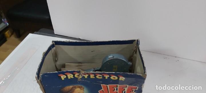 Juguetes antiguos y Juegos de colección: ANTIGUO PROYECTOR JEFE PATENTADO - Foto 4 - 226805695