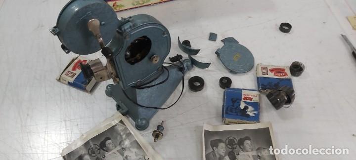 Juguetes antiguos y Juegos de colección: ANTIGUO PROYECTOR JEFE PATENTADO - Foto 23 - 226805695
