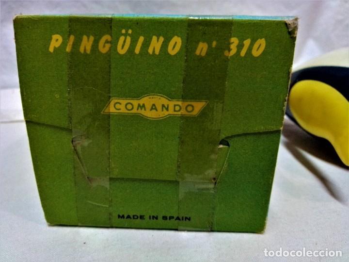 Juguetes antiguos y Juegos de colección: JUGUETE PINGÜINO QUE LEE.DE COMANDO.A CUERDA.EN FUNCIONAMIENTO.VER DESCRIPCIÓN Y FOTOGRAFIAS. - Foto 7 - 231798045