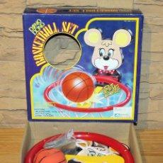 Juguetes antiguos y Juegos de colección: BASKETBALL SET - DING DONG - TAIWAN - NUEVO A ESTRENAR - EN SU CAJA ORIGINAL - CANASTA Y PELOTA. Lote 234613700