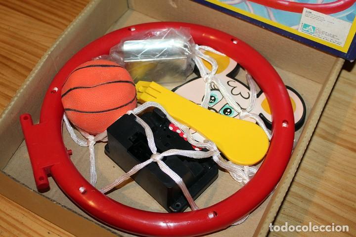 Juguetes antiguos y Juegos de colección: BASKETBALL SET - DING DONG - TAIWAN - NUEVO A ESTRENAR - EN SU CAJA ORIGINAL - CANASTA Y PELOTA - Foto 3 - 234613700