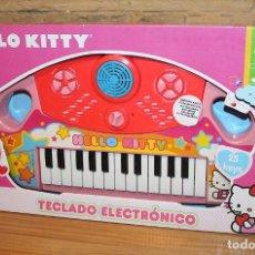Juguetes antiguos y Juegos de colección: HELLO KITTY - TECLADO ELECTRONICO - REIG - NUEVO Y EN SU CAJA ORIGINAL. Lote 234614155