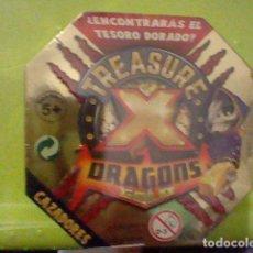 Juguetes antiguos y Juegos de colección: TREASURE DRAGONS DORADO CAJA BLISTER PRECINTADO CAZADORES MONSTRVOS ESPACIO LEER ***. Lote 235150725