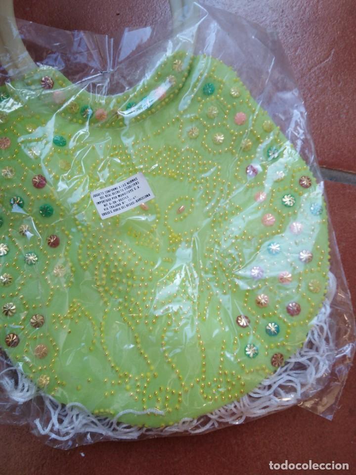 Juguetes antiguos y Juegos de colección: bonito bolso de bolitas y lentejuelas niña kiosko años 70 80 - Foto 3 - 235511985